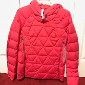 NWT Lululemon Fluffed Up Pullover Size 6